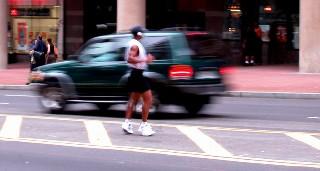 pedestrians-(aaa)-crazyjoggertrafficb-l-50%